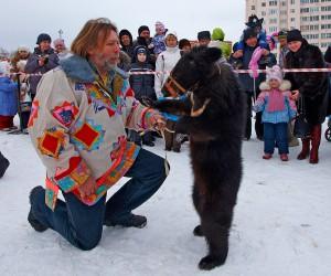 8 (985) 920 - 36- 97. Дрессированный медведь
