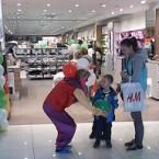 клоун в магазине Дайхманн