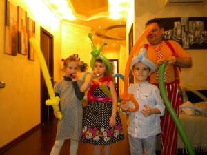 8 (985) 920 - 36- 97. Клоуны-жонглеры.