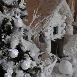 декоративный снег 3